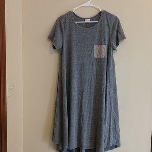 LulaRoe Carley in grey. Size M Fits like a 1X